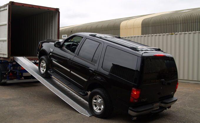 d7e889286f994 Такой способ покупки подержанного автомобиля позволяет значительно снизить  расходы даже с учетом доставки и растаможки в порту. Главным преимуществом  такого ...